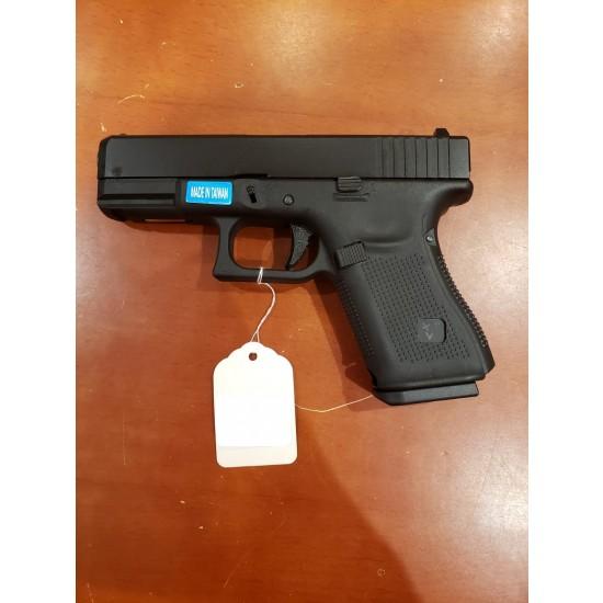 WE G19 GEN 5 GBB Pistol Black(All-Plain-Version)