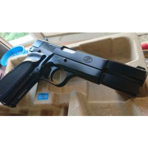 KY custom WE HI-POWER MKIII  GBB Pistol (Black) (SFS Marking) (QTY:1)