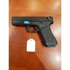 WE G18 GEN 4 GBB Pistol Black(All-Plain-Version)